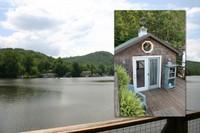 Adorable Boathouse on Lake Lanier