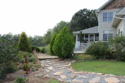 side garden stone walk-1024x768.JPG