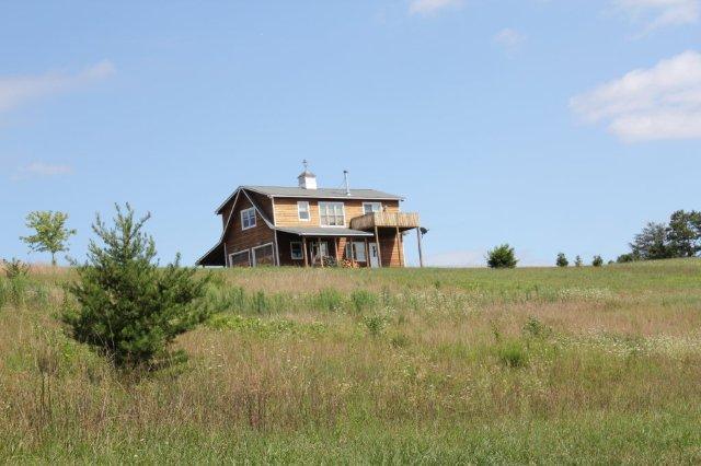 Hilltop view cabin.jpg